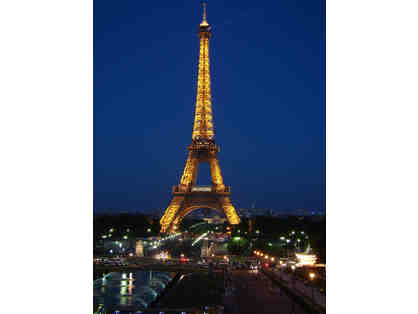 Paris VIP Package - Apartment for 7 Nights... and more! $4,000+ Value!