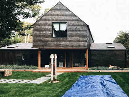 "Weekend in the Hamptons in Designer Estate ""The Stacked Barn"""