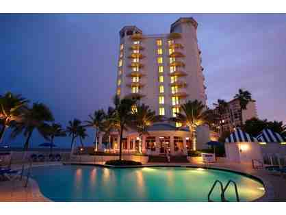 Pelican Grand Beach Resort: One Night Stay with Complimentary Resort Fee!