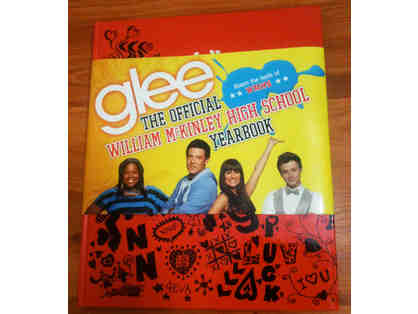 "GLEE -- Talking ""Locker"" Pamphlet, McKinley T-Shirt, Dalton Sweater, Grad Cap & Yearbook"