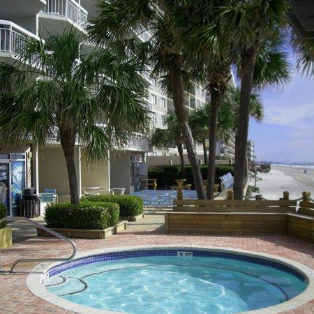 7 Day Stay In 3 BR 2.5 Bath Oceanfront Condo In Garden City Beach, SC Design