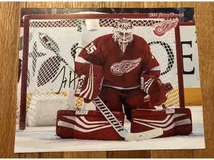 Autographed Jimmy Howard Photo