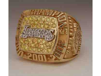 Official 2002 LA Lakers Championship Ring