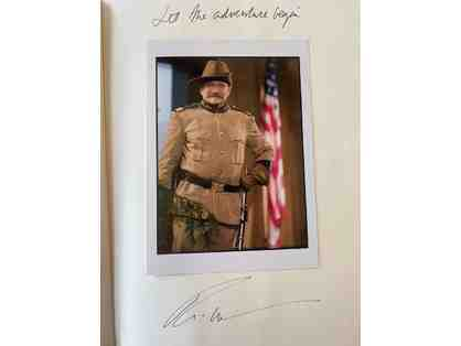Signed by Robin Williams - Night at the Museum Script - plus 2 Collectible Hats