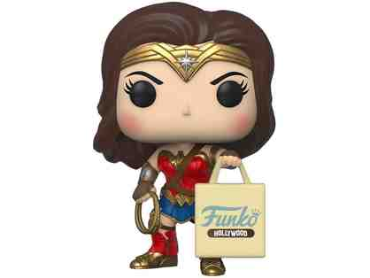 POP! Heroes - Wonder Woman w/ Hollywood bag