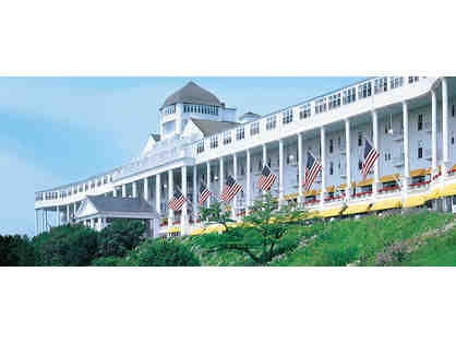 Grand Hotel: Mackinac Island Bed & Breakfast Package & Golf for (4) Jewel Golf Course