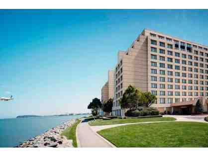 San Francisco Airport - Marriott Hotel - 1 nt stay w/ parking for 3 nts & airport shuttle
