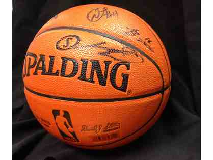 Autographed 2013-2014 Spurs Team Basketball