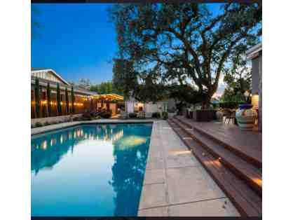 3-Night Stay in 1-Bedroom Sonoma Cottage with Swimming Pool/Hot Tub