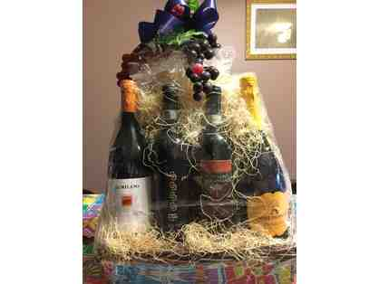 Assorted Wine Gift Basket from Mann Orchards