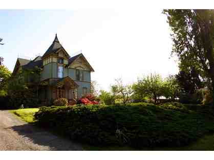 One Night Stay at Swantown Inn Bed and Breakfast